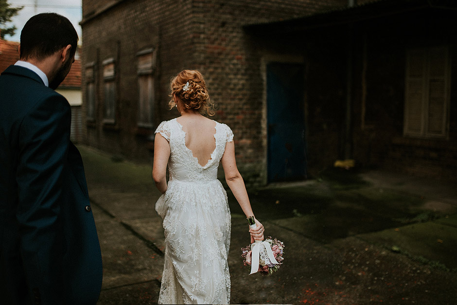 Urban wedding couple