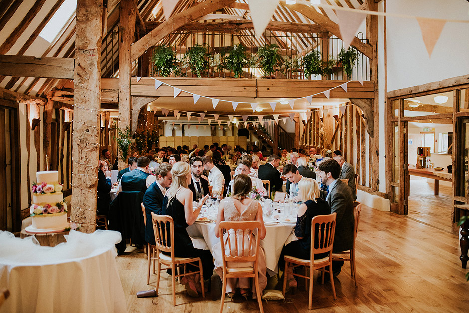 Moraves barn wedding